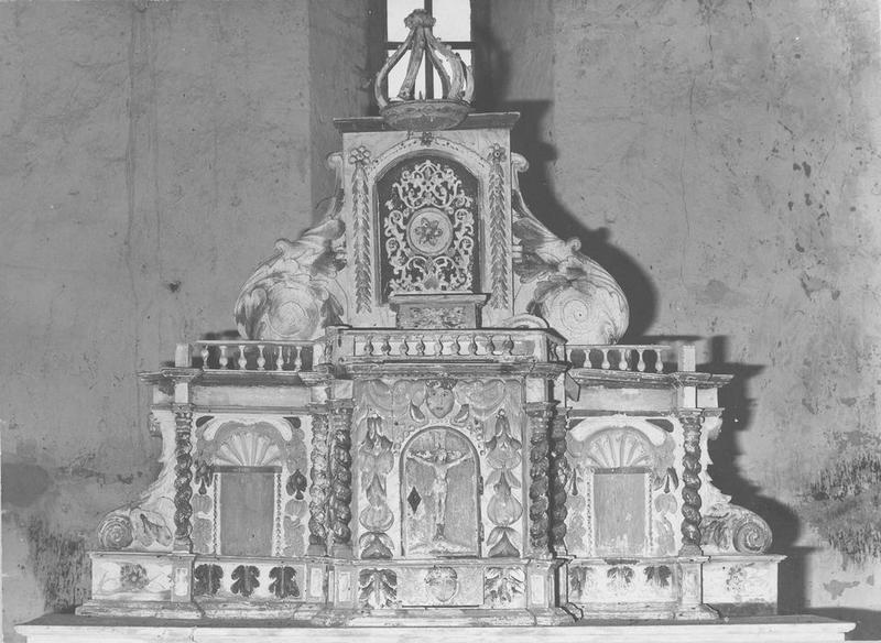 Gradin, tabernacle, exposition, prédelle (tabernacle à ailes et dais d'exposition), vue générale