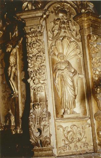 tabernacle du maître-autel, bois sculpté et doré, début 17e siècle, détail d'une statuette