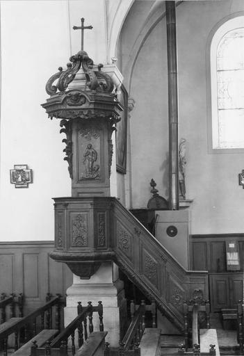 chaire à prêcher, bois teint et vernis, 18e siècle