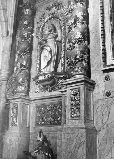 statue : Saint Pierre du retable du maître-autel