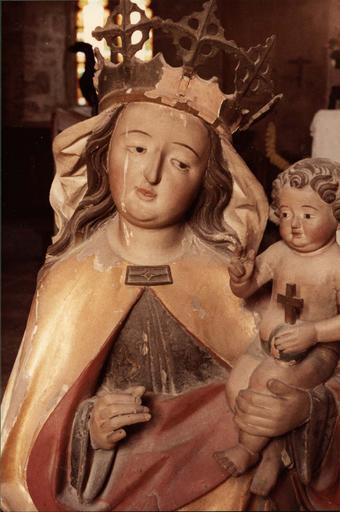 statue : Vierge à l'Enfant, partie haute, visage de la vierge et enfant Jésus bénissant, avant restauration