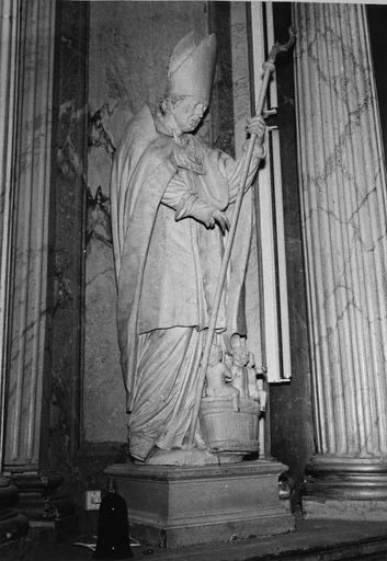 statue : saint Nicolas du retable du maître-autel
