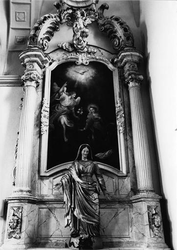 autel et retable latéral sud, tableau : L'Annonciation, bois sculpté polychrome et doré, 18e siècle