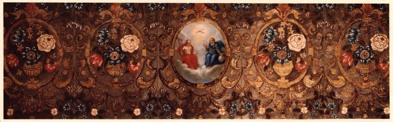 devant d'autel en cuir de Cordoue, gaufré et peint, 18e siècle, au centre : la Trinité, après restauration