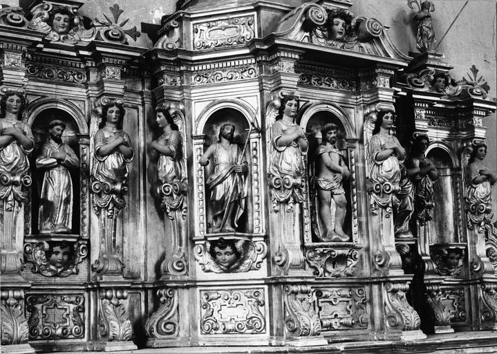 tabernacle, bois sculpté, 18e siècle, détail des statuettes et cariatides