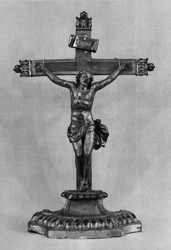 crucifix ou croix d'autel, bois doré, 18e siècle