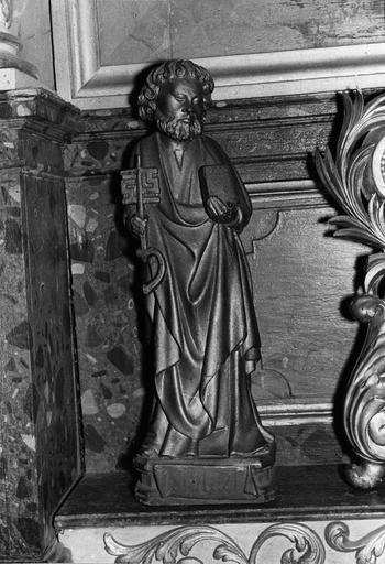 statuette : saint Pierre, bois doré, 16e siècle, après restauration