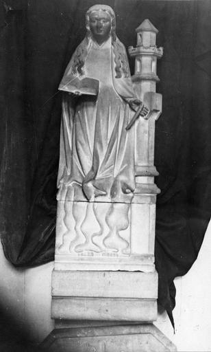 statue : Sainte Barbe, pierre, restes de polychromie, 16e siècle