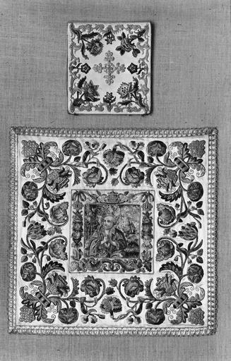 voile de calice et bourse de corporal, soie, fils d'or, début 18e siècle