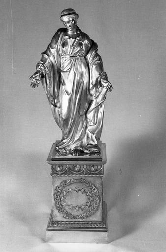 Statuette : Vierge immaculée, socle, argent, 19e siècle