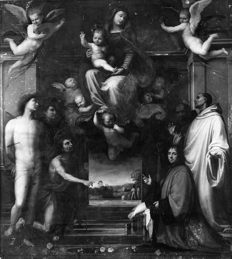 tableau (panneau peint) : La Vierge aux saints, Fra Bartomoleo, 16e siècle, donné par Ferry Carondelet en 1518, avant restauration