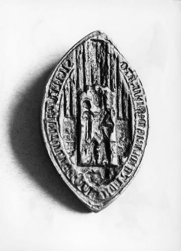 sceau ecclésiastique provenant des archives de l'archevêché
