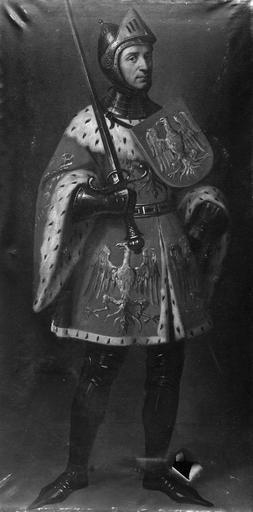 8 tableaux : Rainaud 1er, Guilaume le Grand, Rainaud III, Gaucher III, Gérard, comte de Vienne et de Mâcon, Etienne de Vienne, archevêque de Besançon, Othon 1er, Etienne de Bourgogne, chanoine de Besançon