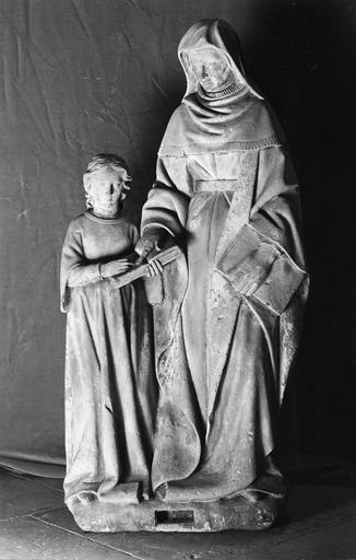 groupe sculpté : L'Education de la Vierge, pierre, début 16e siècle