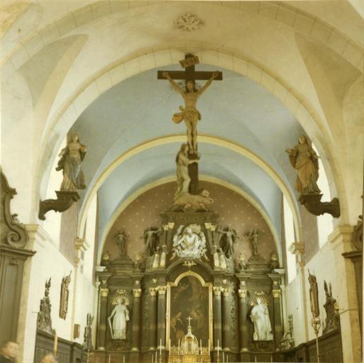 maître-autel, bois sculpté, polychrome et doré, 18e siècle et calvaire