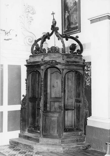 2 confessionnaux, bois, 1775