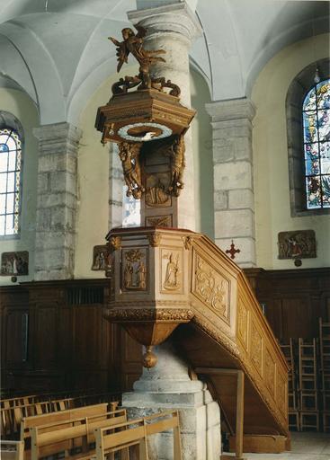 chaire à prêcher, bois sculpté, 18e - 19e siècle