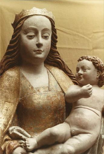 statue : Vierge à l'Enfant, bois polychrome, 17e siècle, détail de l'enfant
