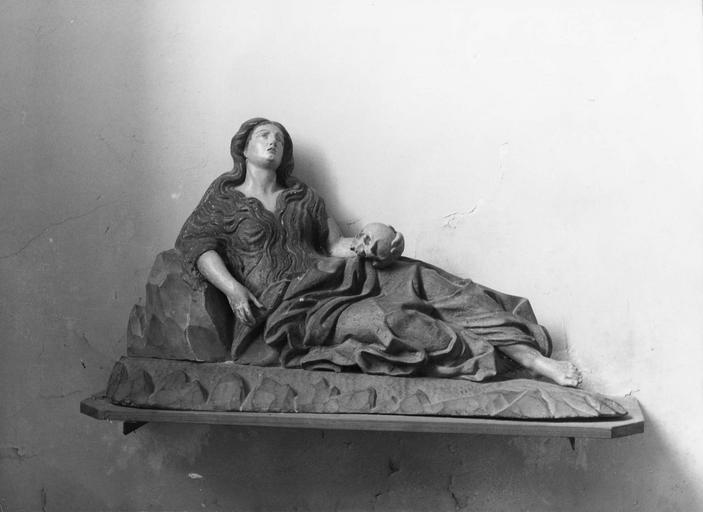 statue : Sainte Madeleine, bois polychrome, 18e siècle