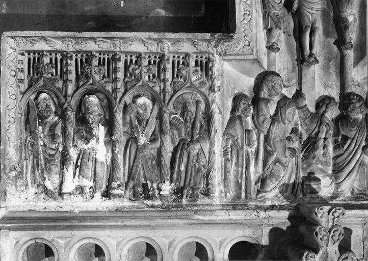 retable : La Crucifixion, pierre, 16e siècle, détail