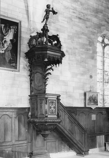 chaire à prêcher, bois teinté et vernis, 18e siècle