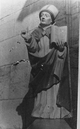 statue : Saint Rénobert, bois polychrome, 16e - 17e siècle
