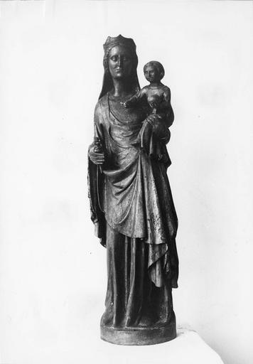 statue : Vierge à l'Enfant, bois, traces de polychromie et de dorure, début 14e siècle, après restauration