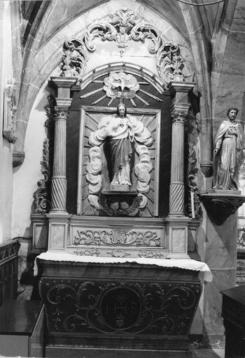 autel latéral guahce et retable, 18e siècle