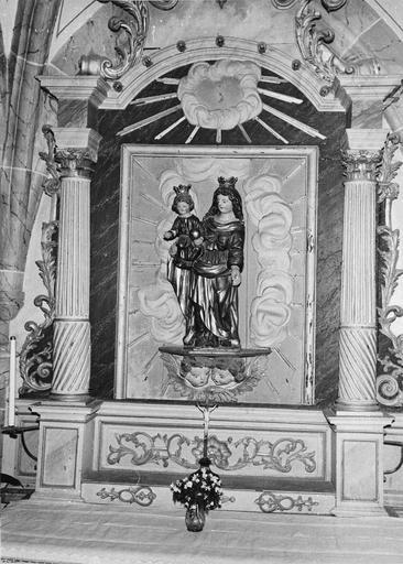 retable, groupe sculpté : Sainte Anne et la Vierge, bois en partie doré, 18e siècle