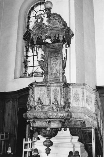 chaire à prêcher, bois, 18e siècle, après restauration
