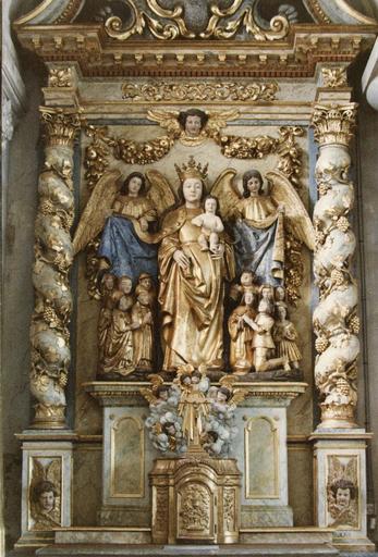 groupe sculpté : Vierge auxiliatrice, après restauration