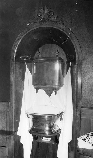 fontaine de toilette, bassin de fontaine, étain, 18e siècle