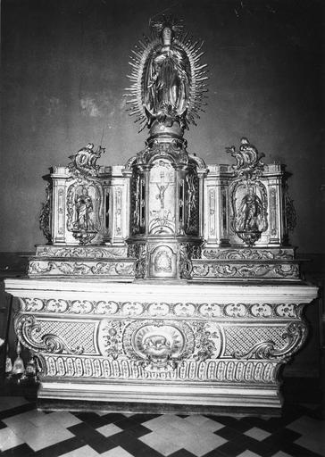 autel, gradins d'autel, prédelle, tabernacle, 3 statuettes