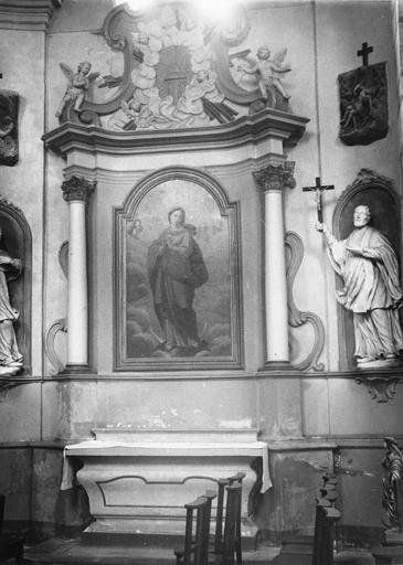 autel retable latéral droit, 2 statues dont Saint François Xavier, tableau