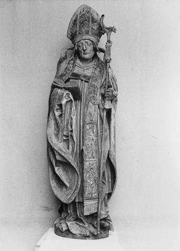statue (grandeur nature) : Saint Augustin, bois polychrome et doré, 16e siècle, après restauration