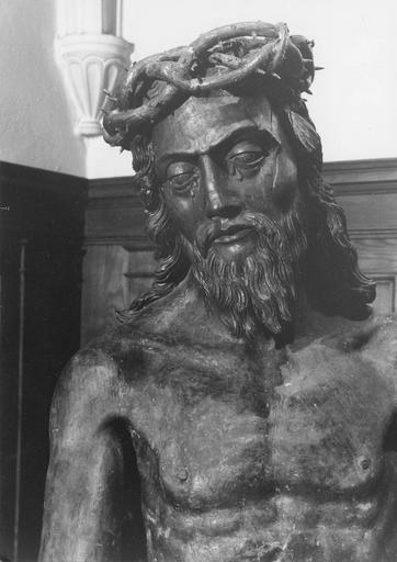 statue : Christ aux liens, bois sculpté, 16e siècle, détail du visage
