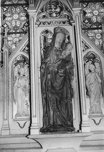statue : Vierge à l'Enfant, pierre polychrome, 16e siècle