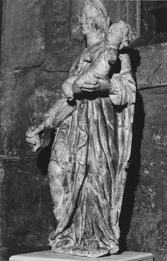 statue : Vierge à l'Enfant, marbre, milieu 17e siècle