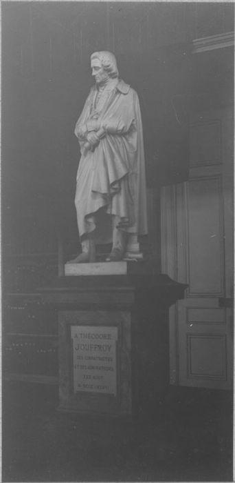 statue : Théodore Jouffroy, vue générale