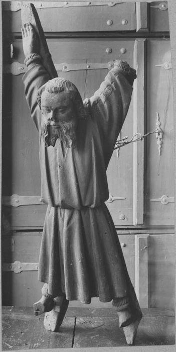 statue : Saint André sur la Croix, vue générale
