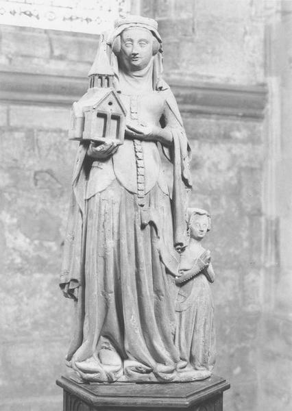 Statue : Sainte Clotilde