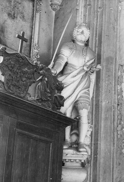 2 statues : Saint Adrien, Sainte Clotilde