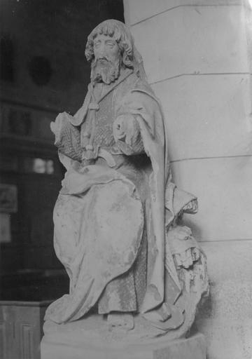 Statue : saint Jacques le Majeur, pierre polychrome, vue de côté