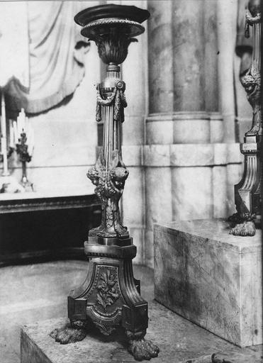 chandelier d'autel, bronze ciselé et doré, 1772