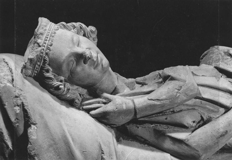 Haut-relief, fragment de l'ancien jubé : roi Mage endormi