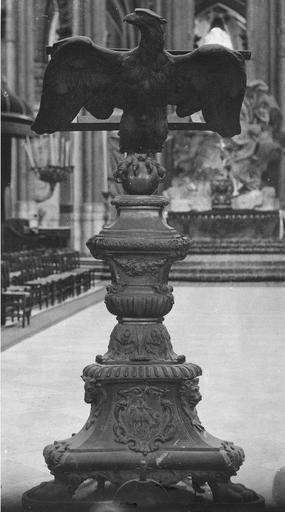 Lutrin (aigle-lutrin), bronze doré, 1726