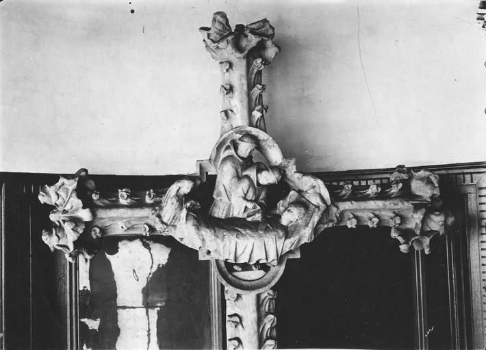 Croix de chemin (croix de carrefour), dite la croix aux moines de Thiron, face principale (photographie d'après un moulage au musée de Chartres)