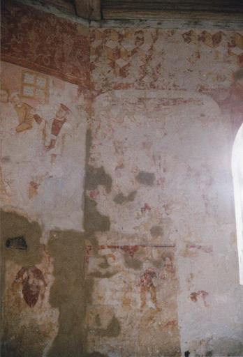 Peintures murales : saints et personnages sous des arcatures, scènes de la vie du Christ, miracle de saint Hubert (le), Jugement dernier (le), ornementation