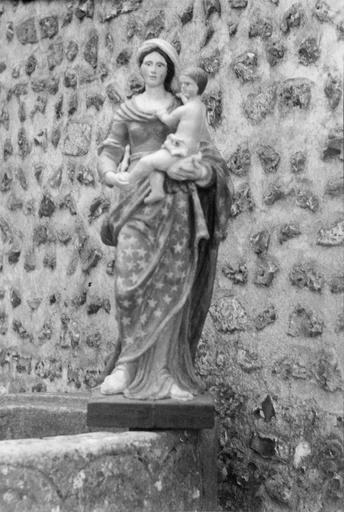 Statue (statuette) : Vierge à l'Enfant, bois