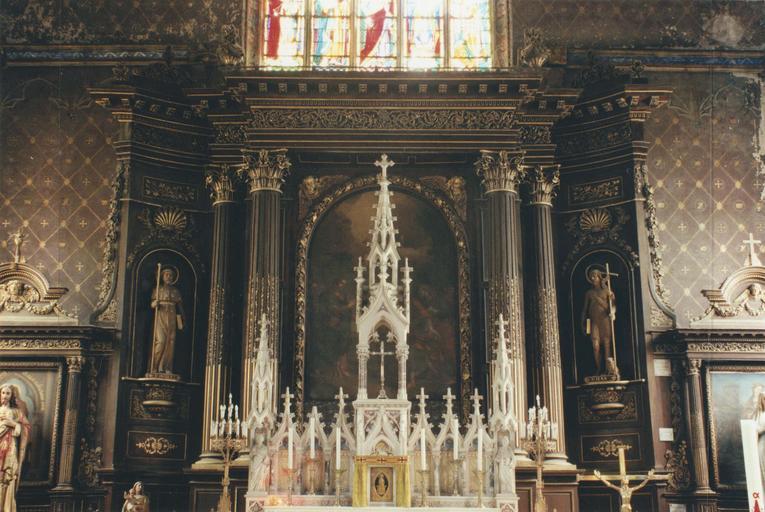 tabernacle du maître-autel et retable néogothique